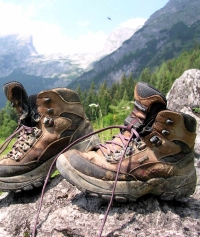 Hiking boots ( C. Schwann)